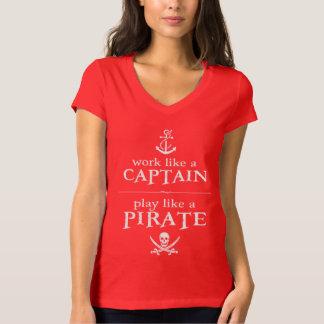Le travail comme un capitaine, jeu aiment un t-shirt