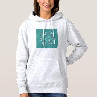 Le trèfle fleurit le sweatshirt à capuchon des