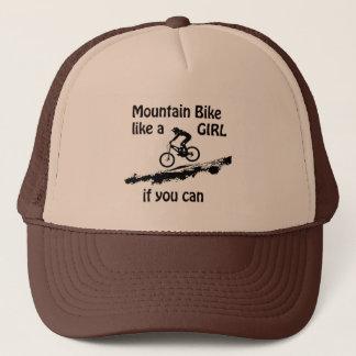Le vélo de montagne aiment une fille casquette
