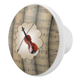 Le violon sur le ~ de nuage a roulé le ~ d'arrière bouton de porte en céramique