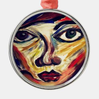 Le visage abstrait de la femme ornement rond argenté