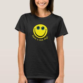 Le visage souriant ont un beau jour t-shirt