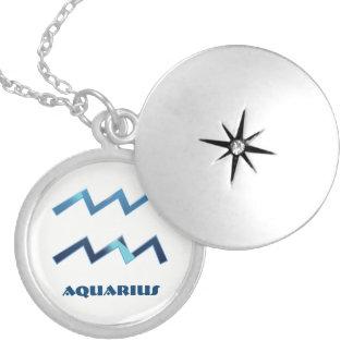 Le zodiaque bleu de Verseau se connecte le blanc Médaillon Avec Fermoir