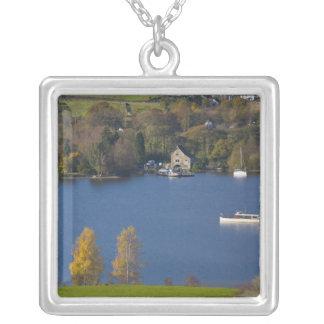 L'eau de Coniston, secteur de lac, Cumbria, Pendentif Carré