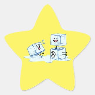 l'eau glaciale de cube en glaçons glissant le sticker étoile