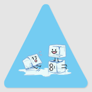 l'eau glaciale de cube en glaçons glissant le sticker triangulaire