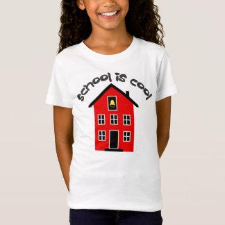 L'école est T-shirt frais d'enfants