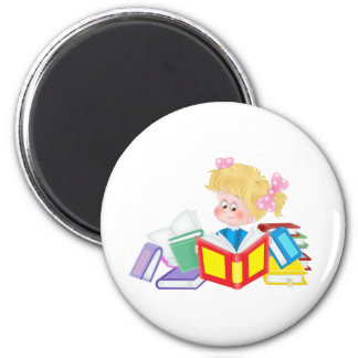 lecture mignonne de fille magnet rond 8 cm