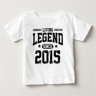 Légende vivante depuis 2015 t-shirt pour bébé