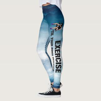 Leggings L'exercice SUPÉRIEUR jusqu'au corps se comporte