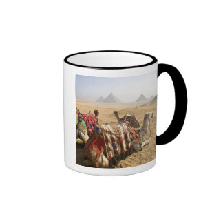 L'Egypte, le Caire. Regard fixe de repos de Mug Ringer
