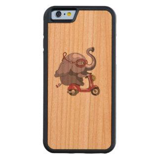 L'éléphant pourpre aime le scooter ! coque iPhone 6 bumper en cerisier