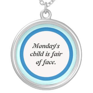L'enfant de lundi pendentif rond
