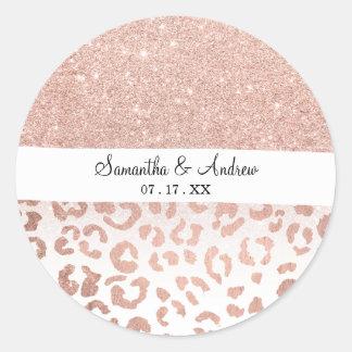 Léopard rose d'ombre de scintillement d'or de faux sticker rond
