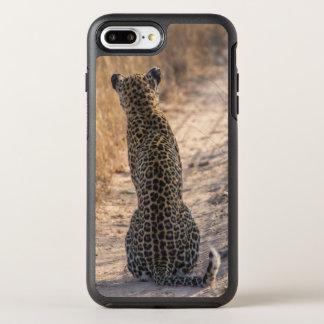 Léopard se reposant dans la route, Afrique Coque Otterbox Symmetry Pour iPhone 7 Plus