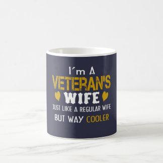 L'épouse du vétéran mug