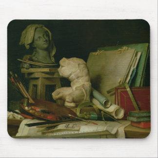 Les attributs des arts, 1769 (huile sur la toile) tapis de souris