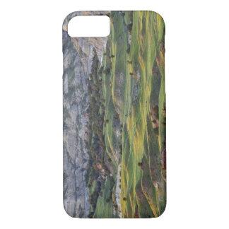 Les bad-lands colorés de la colline de mâle coque iPhone 7