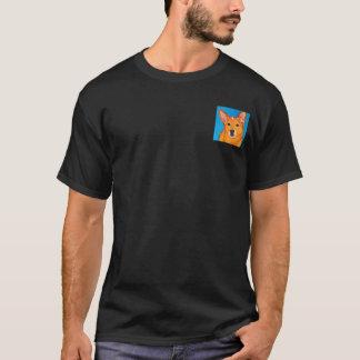 """Les bétail poursuivent le T-shirt foncé - """"rouge """""""