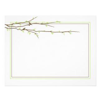 Les branches de bourgeonnement avec des oiseaux on prospectus 21,6 cm x 24,94 cm