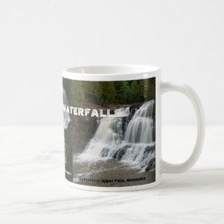 Les cascades de l'Amérique Mug