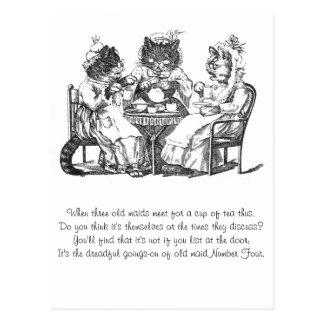 Les chats de bavardage ont le thé carte postale