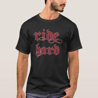 Les chemises montent le rouge noir dur t-shirt