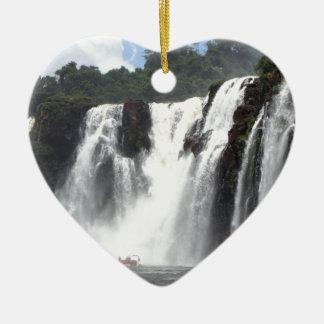 Les chutes d'Iguaçu et bateaux, Argentine Ornement Cœur En Céramique