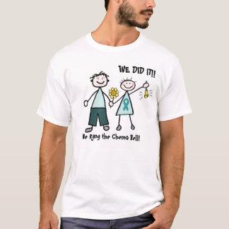Les couples de chimio sonnent le T-shirt de Bell