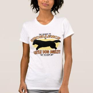 Les dames secrètes de chien de bétail d'agilité t-shirts