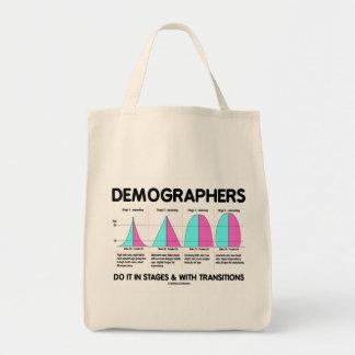 Les démographes le font par étapes et avec des tra sac de toile