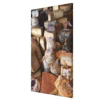 Les divers fromages sur le marché calent, plein toiles