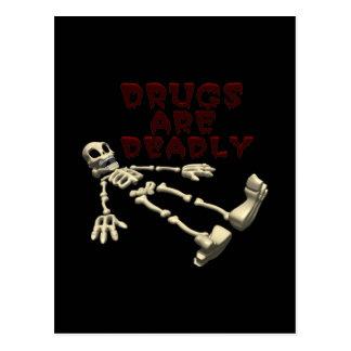 Les drogues sont mortelles carte postale