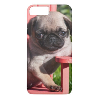 Les Etats-Unis, la Californie. Chiot de carlin Coque iPhone 7 Plus