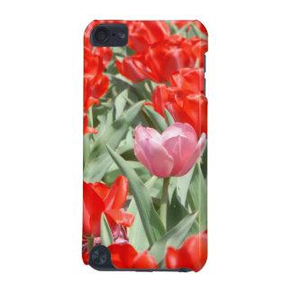 Les Etats-Unis, le Kansas, tulipes rouges avec une Coque iPod Touch 5G