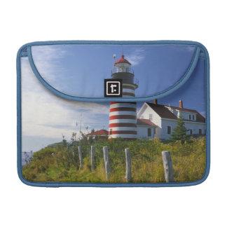 Les Etats-Unis, Maine, Lubec. Phare principal Housse MacBook Pro