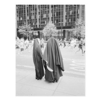LES ETATS-UNIS, NEW YORK : Nonnes de New York City Carte Postale