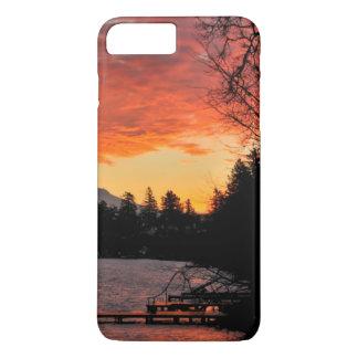 Les Etats-Unis, Orégon. Lac bleu et capot de Mt au Coque iPhone 7 Plus