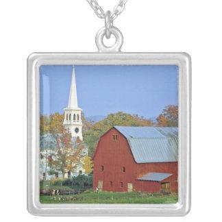 Les Etats-Unis, Vermont, Peacham. Une grange et un Collier
