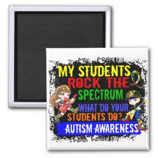 Les étudiants basculent l'autisme de spectre magnet carré