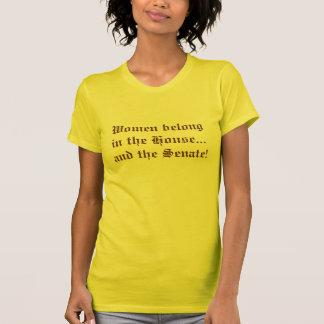 Les femmes appartiennent dans la Chambre… et le T-shirt