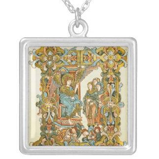 Les femmes saintes à la tombe collier