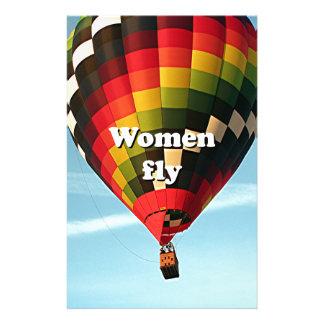 Les femmes volent : ballon à air chaud papier à lettre customisé