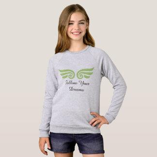 Les filles suivent votre long T-shirt de douille