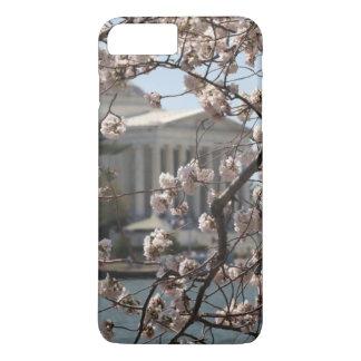 Les fleurs de cerisier en fleur dans le Washington Coque iPhone 7 Plus