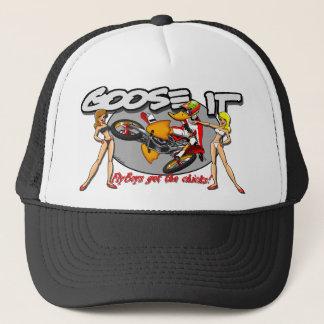 Les Flyboys obtiennent aux poussins le casquette