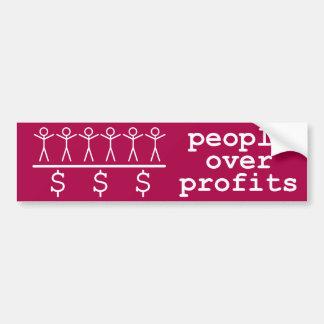 Les gens au-dessus des bénéfices autocollant de voiture