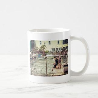 Les gens sur le pilier 1 mug