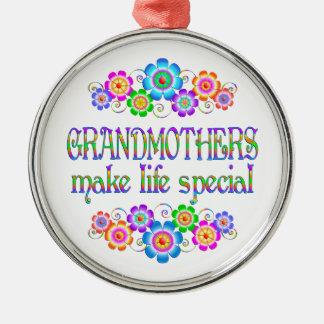 Les grands-mères font le Special de la vie Ornement Rond Argenté