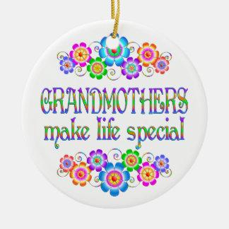 Les grands-mères font le Special de la vie Ornement Rond En Céramique